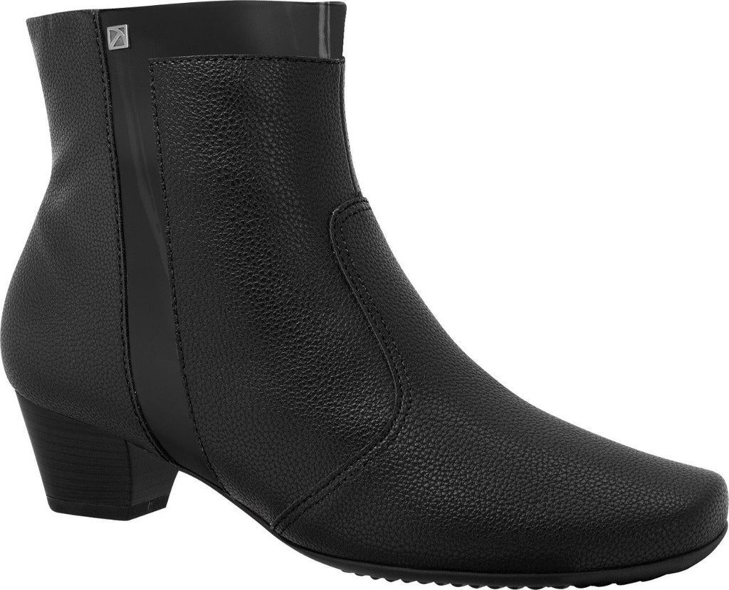 Piccadilly Ref 320241 Boots Black Thermo Maxitherapy