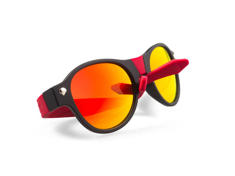 black beandit sunglasses with gold lenses and red arms
