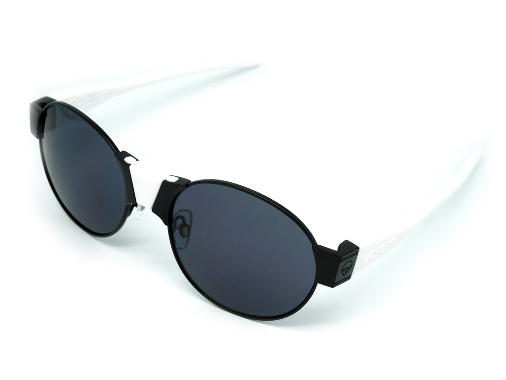 Sundance Kid Black & Black
