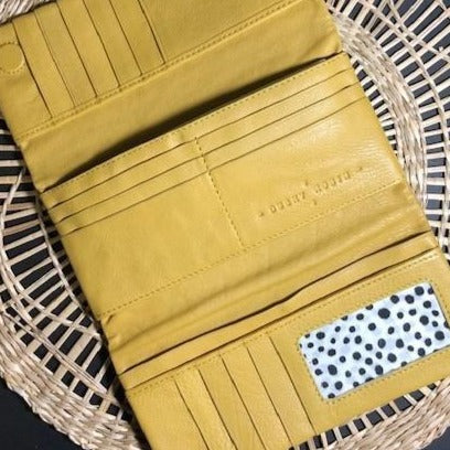 The Keiva Purse in Yellow by Dusky Robin Leather | available at Stitch Piece Loop Noosa | Made from beautiful soft leather the Keiva is the perfect friend. Plenty of room for all those cards, coins and notes, with a sleek simple exterior |