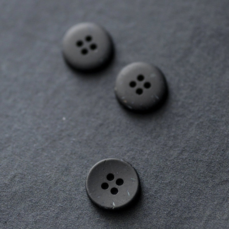 Button 18mm - Inky Speckles
