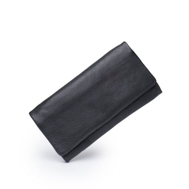 The Keiva Purse in Black by Dusky Robin Leather | available at Stitch Piece Loop Noosa | Made from beautiful soft leather the Keiva is the perfect friend.  Plenty of room for all those cards, coins and notes, with a sleek simple exterior |