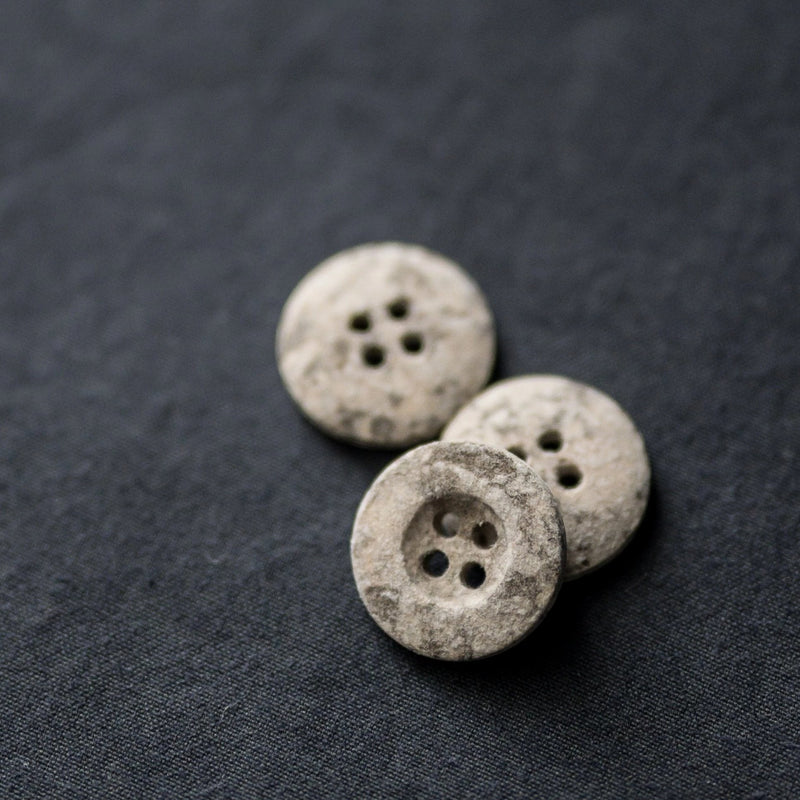 Button 18mm - Metamorphic