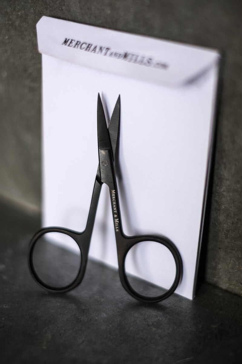Wide Bow Scissors | Merchant & Mills | Shop In Store + Online | Stitch Piece Loop | Handmade Fashion Accessories Homewares + Modern Craft Supplies | Australia