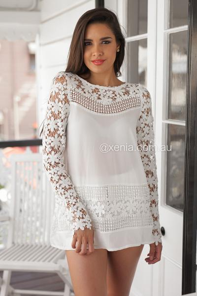 Crochet Daisy Top (White)