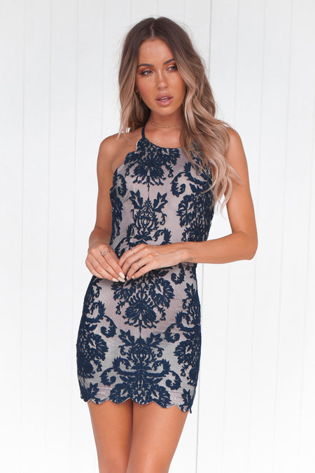 Flourish In Darkness Dress (Black)