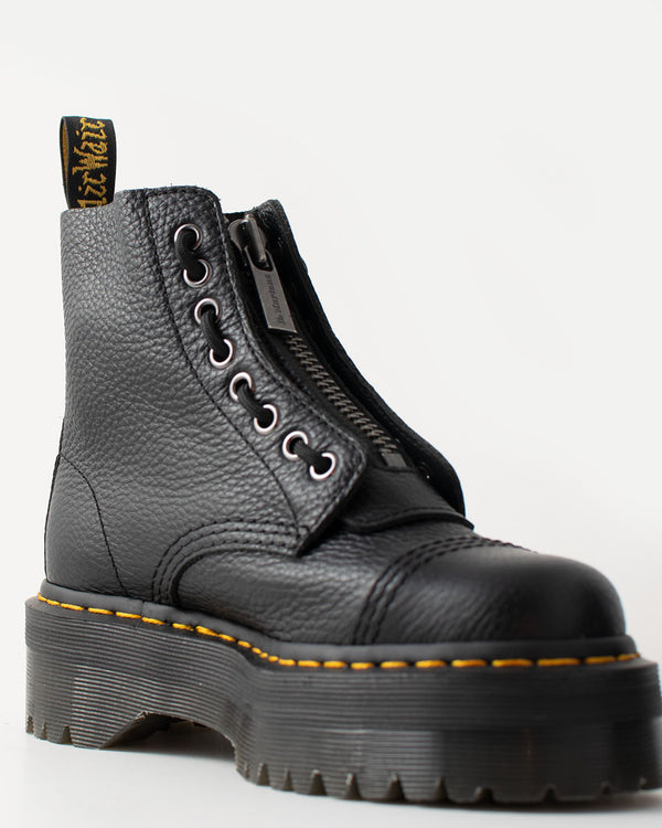 Dr. Martens, 22564001, Sinclair Aunt Sally, BLACK, Jungle Boot