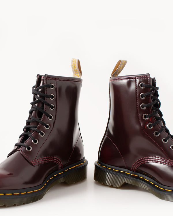 Dr. Martens Dr. Martens, 1460 Vegan Cherry Red Oxford Rub Off - Pick Up - Dusseldorf