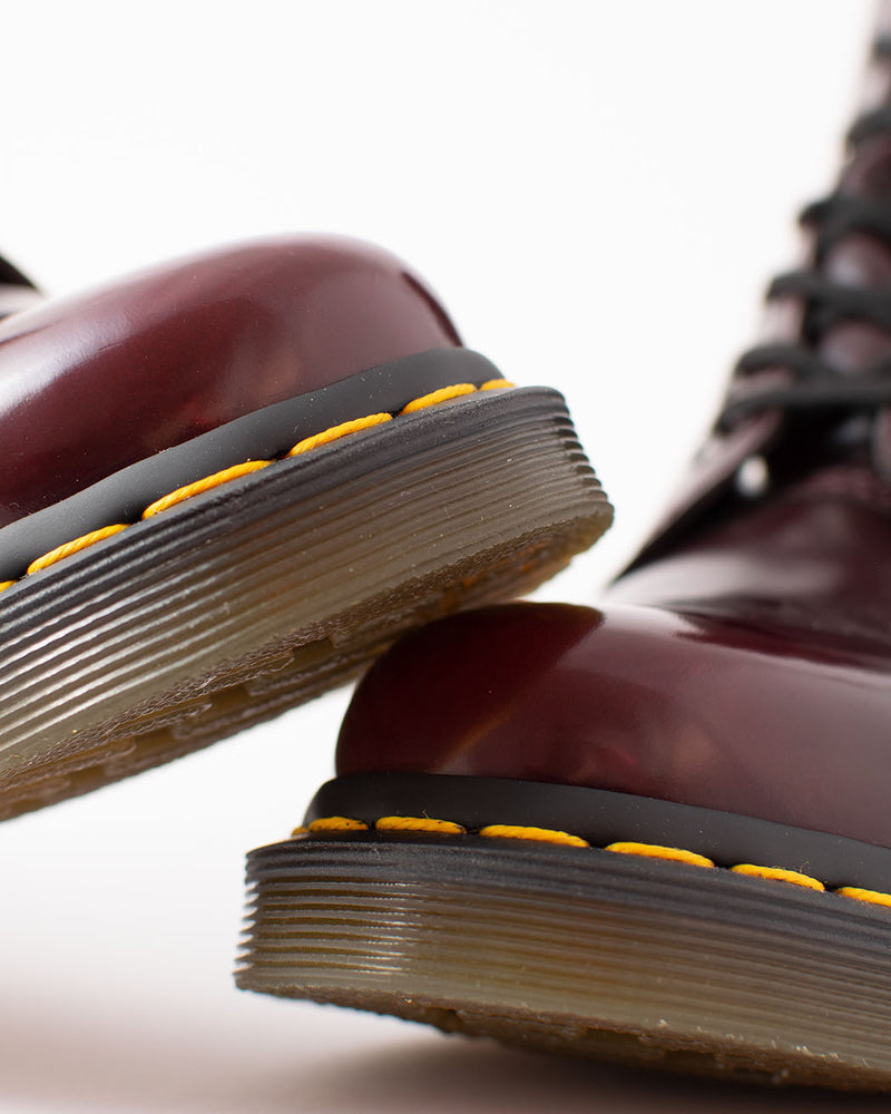 Dr. Martens Dr. Martens, 1460 Vegan Cherry Red - Pick Up - Dusseldorf