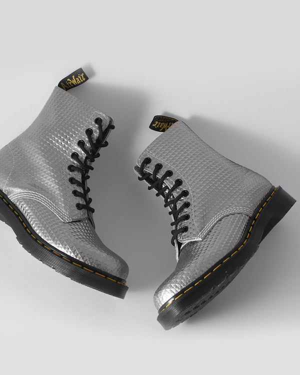 Dr. Martens Dr. Martens, 1460 PASCAL SILVER STUDDED LEATHER - Pick Up - Dusseldorf