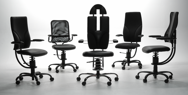 best office chair for lower back pain 5 black office chairs in a circle - Spinilas Chairs Canada