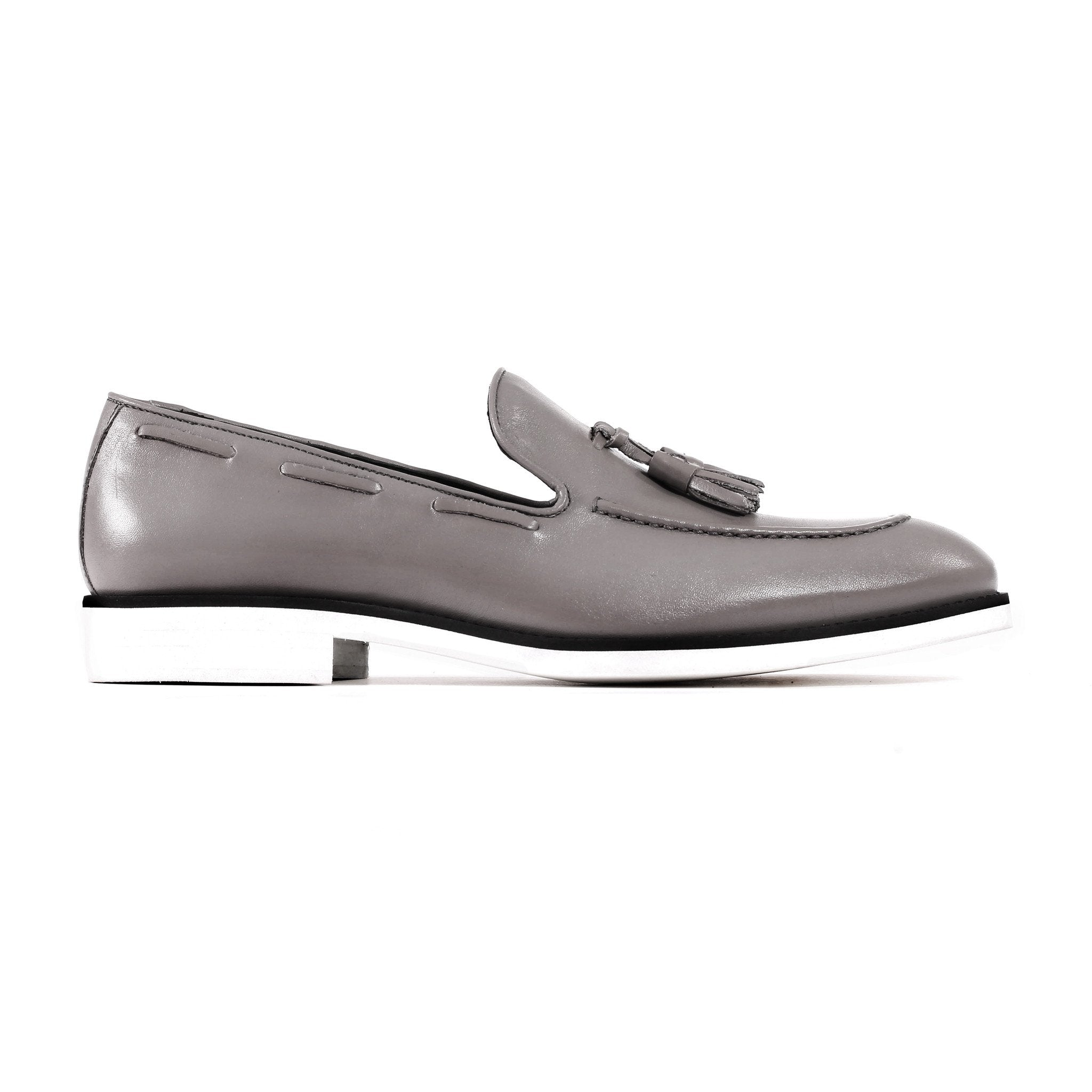 2017 Men's Grey & White Tassel Loafer