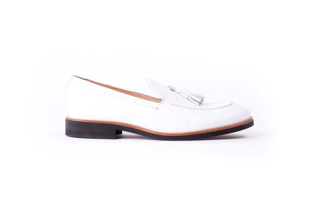 Men's White & Tan Accented Tassel loafer with Black Sole (EX-157)
