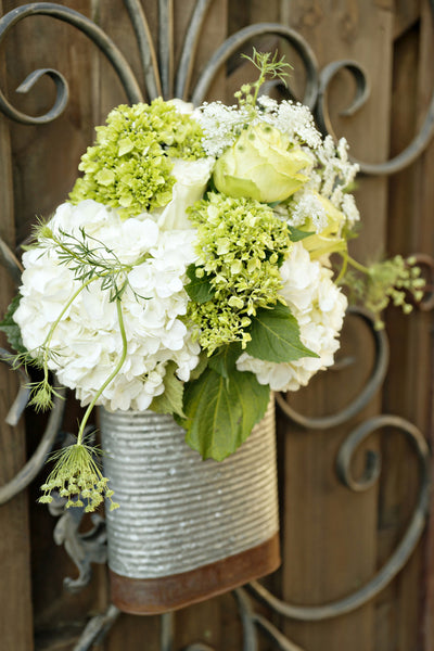 Black and Green wedding flowers decoration