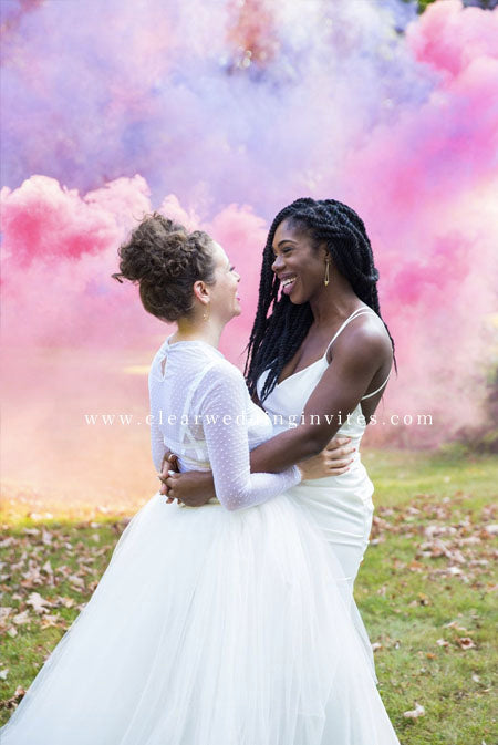 12 Colorful Smoke Bomb Wedding Ideas to Make Your Wedding Photos Unforgettable