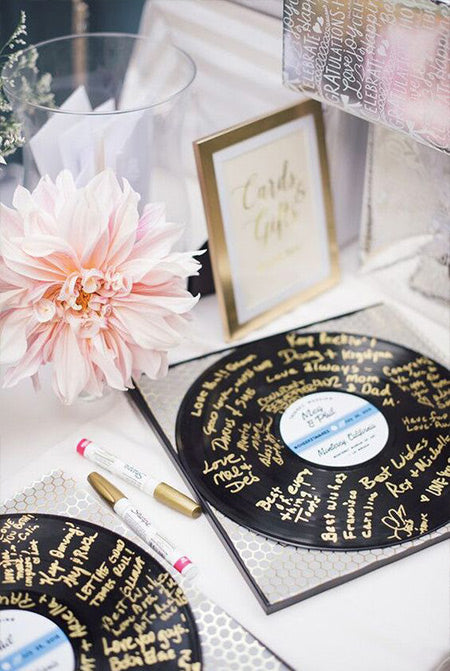 Creative-Guest-Book-Ideas-for-A-Music-Themed-Wedding