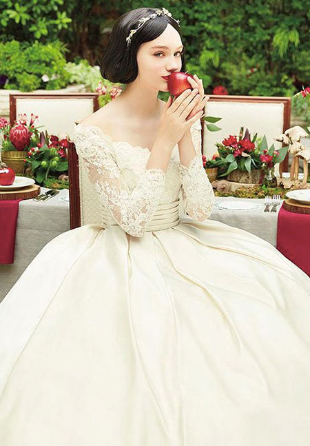 Disney designers really nailed the Snow White-inspired gown