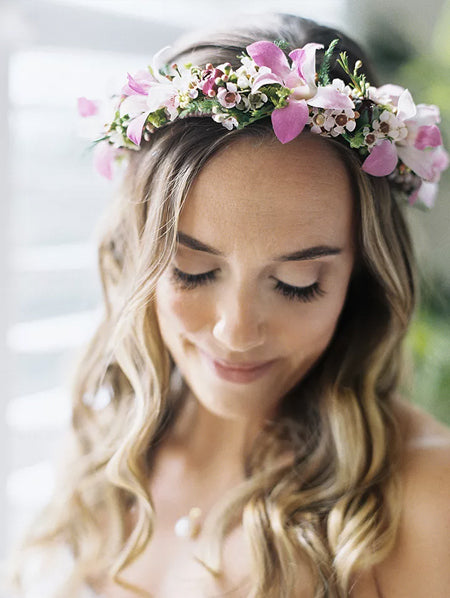 Dreamy-Flower-Hot-Pink-Bridal-Crowns-Perfect-17-Flower-Crowns-For-You-and-Your-How-to-wear-a-flower-crown---and-what-DIY--How-to-Make-Flower-Crowns