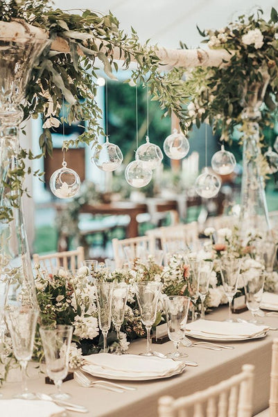 Fancy Wedding Decoration Ideas with Hanging Candlelights