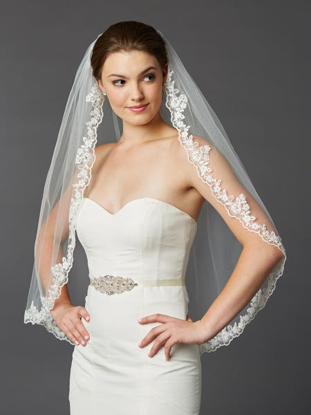 Romantic Bridal Veils for Your Perfect Wedding Hairstyles