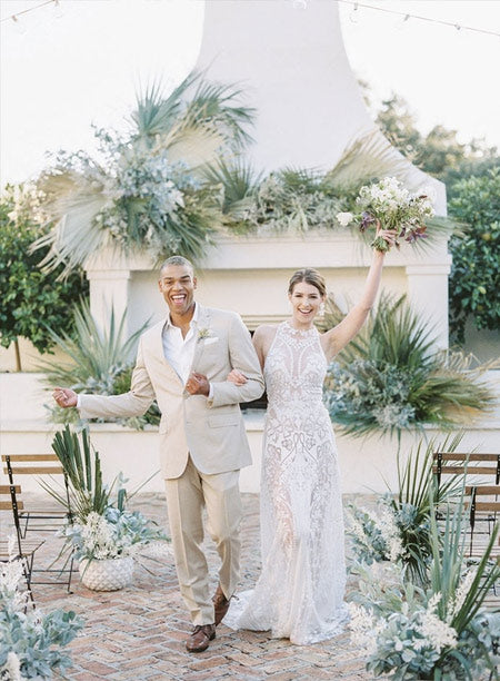 Neutral Minimalist Wedding Ceremony Ideas for The Simple + Chic Bride
