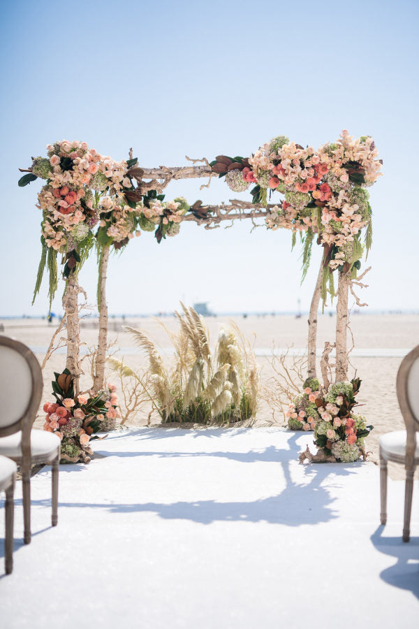 #1. The best time for a beach ceremony is 90 minutes before sunset.