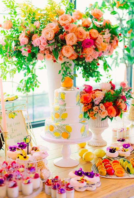Giant and Bold Flower Decoration for a summer wedding