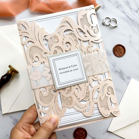 DIY Tutorial: How to get a perfectly customized unique invitation
