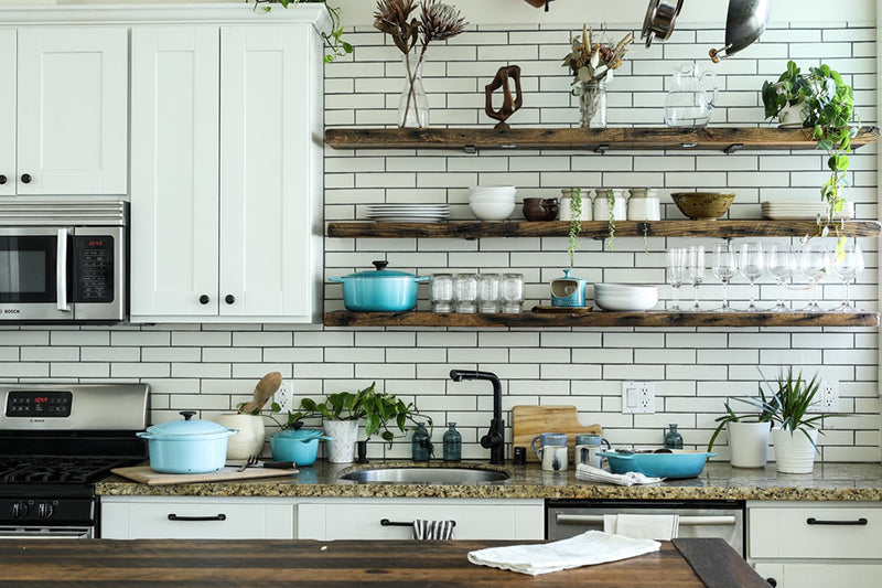 kitchen wall-decor with open shelves
