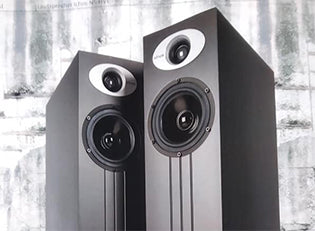 Ichos No. FIVE loudspeakers - handmade in Vienna Austria