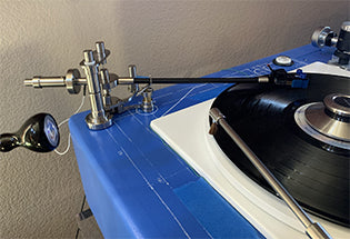 Intergrityhifi Tru-Glider Pendulum Tonearm tested by Positive Feedback