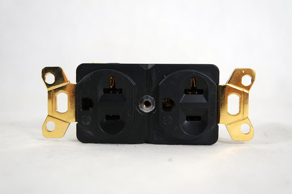 Audio Magic Beeswax SHD Duplex Receptacle