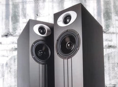 ichos No. FIVE loudspeakers