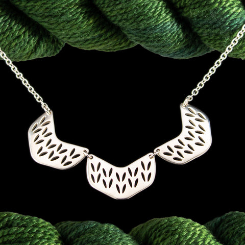 Chevron Stockinette Yoke Necklace