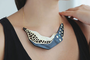 Yin Collier Necklace