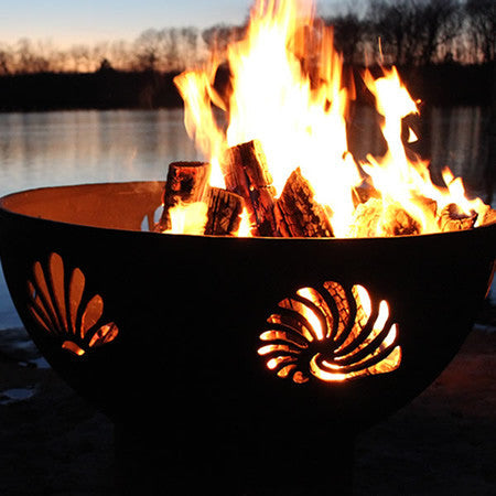 Fire Pit Art Beachcomber Handcrafted Carbon Steel Fire Pit (Beach)
