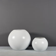 "Load image into Gallery viewer, Jay Scotts Globe Round Planter: 36"" x 30""H"