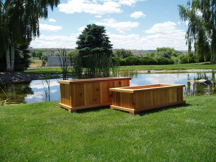 Wood Country Western Cedar Wood Patio Planters - Welcome to Yardify - 1