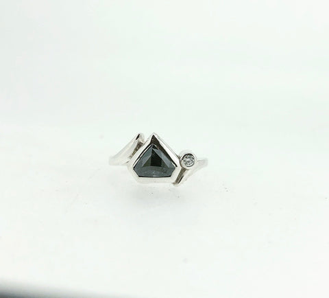 Salt and Pepper Ring