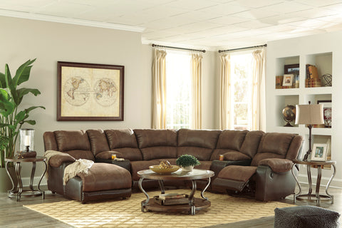 Nantahala Reclining Sectional w/Console - Coffee