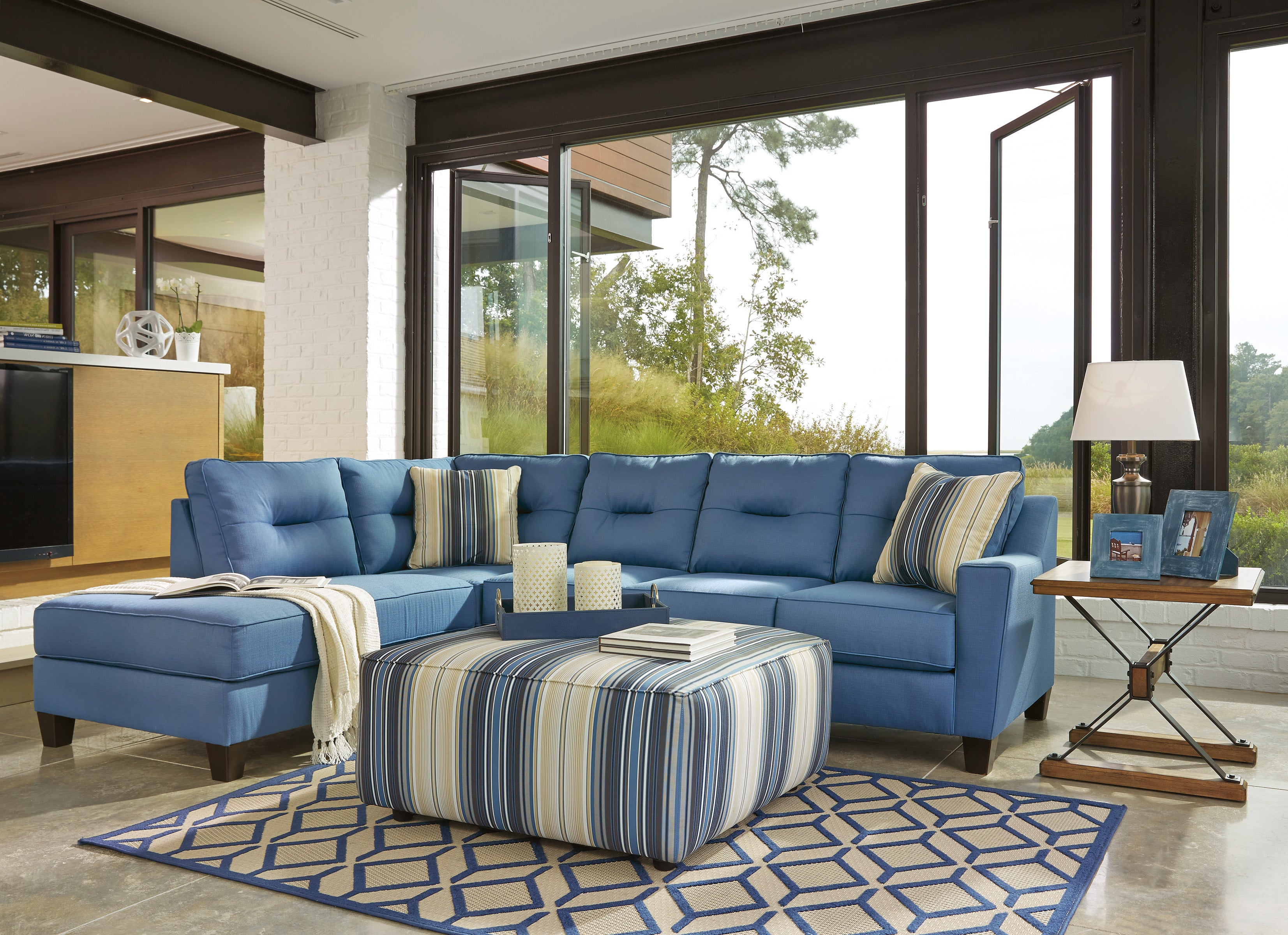 Magnificent Kirwin Nuvella Sofa Chaise Blue Gmtry Best Dining Table And Chair Ideas Images Gmtryco