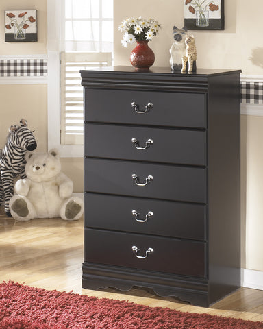 Huey Vineyard Five Drawer Chest