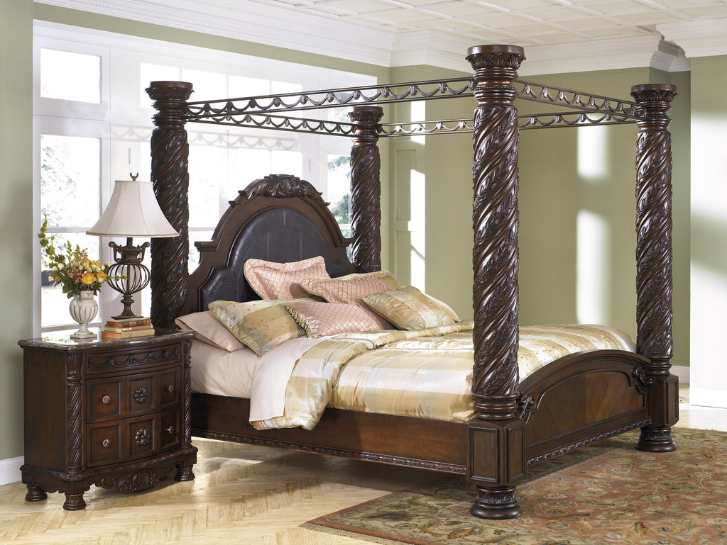 North Shore Canopy Bed