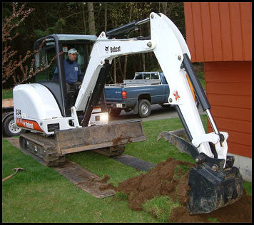 Bobcat 334 Mini Excavator with Thumb Attachment
