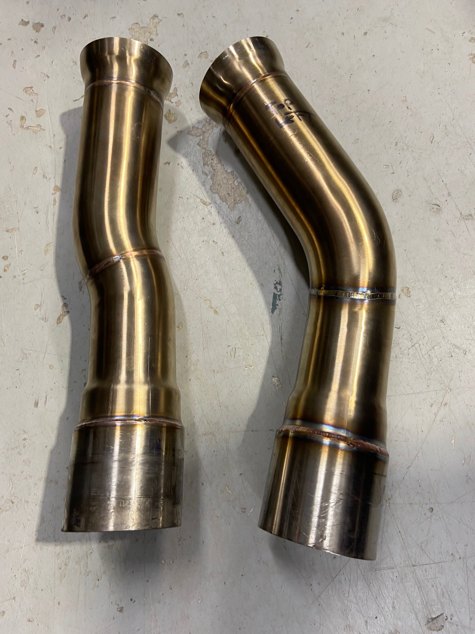F8X BMW M3 & M4 Equal Length Mid Pipe ( patent pending ) includes Active F-brace