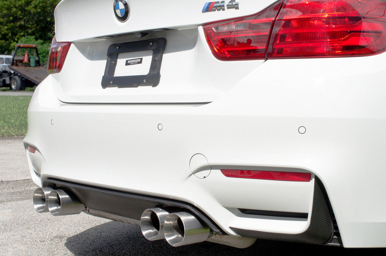 side shot bmw m4 with active autowerke exhaust tips