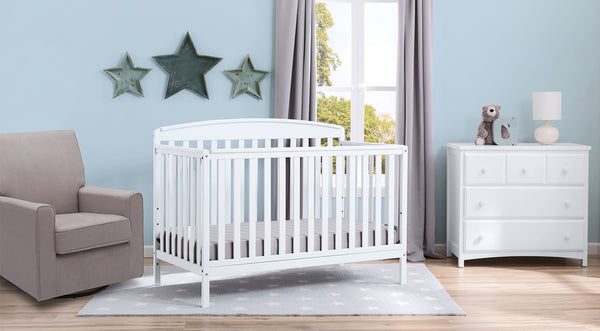 Nursery white furniture Silver Cross Brayden In White 6piece Nursery Furniture Set Delta Children 6piece Nursery Furniture Set Delta Children