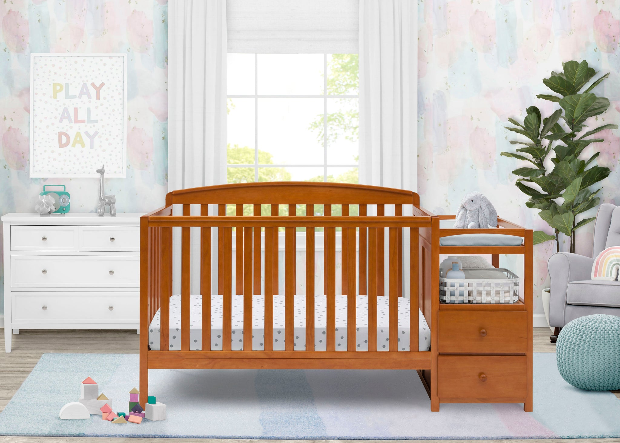 Delta Children Warm Honey (251) Royal Crib 'N' Changer, Crib Conversion d2d