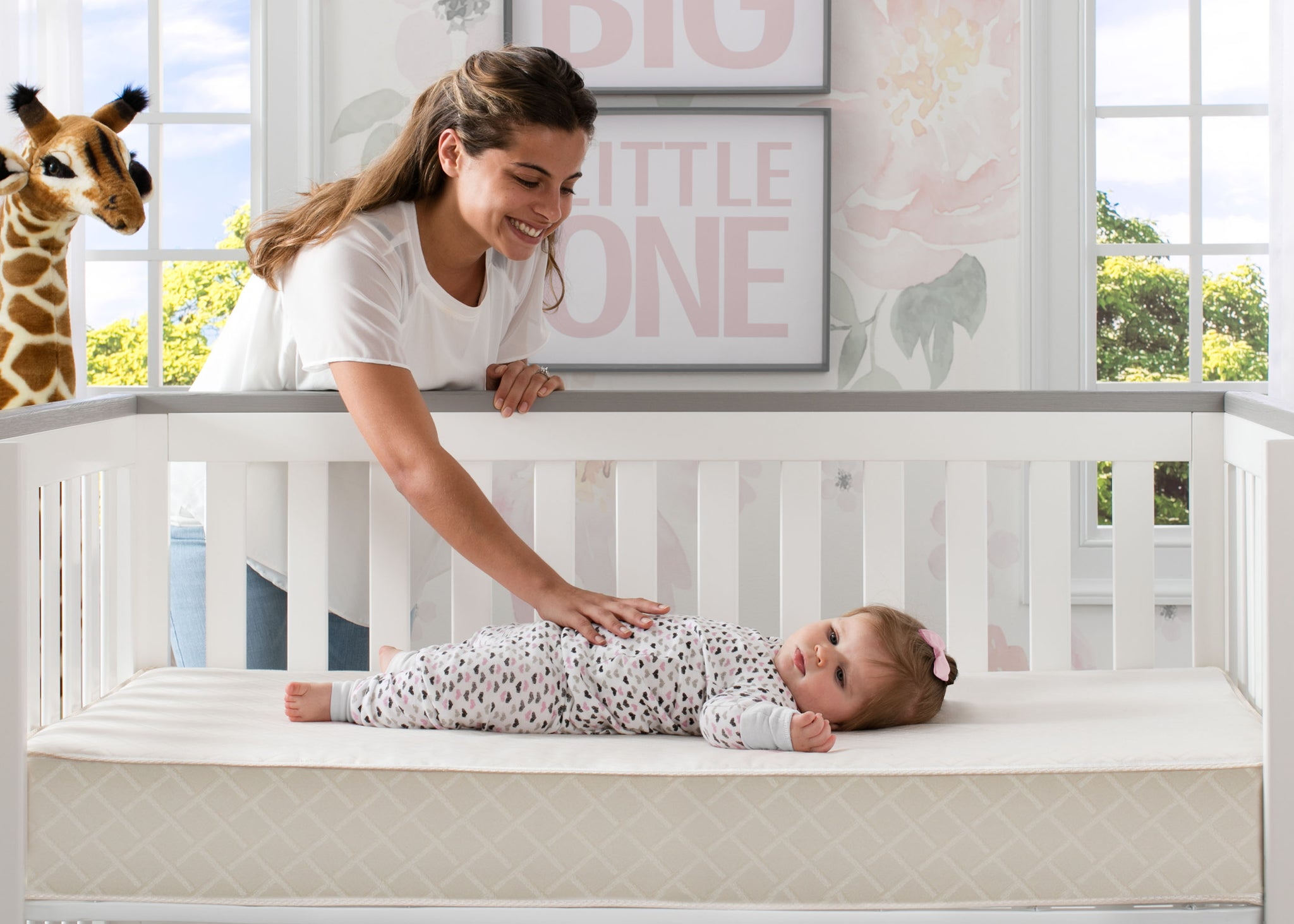 Delta Children Twinkle Stars Supreme Crib and Toddler Mattress, Lifestyle View No Color (NO)