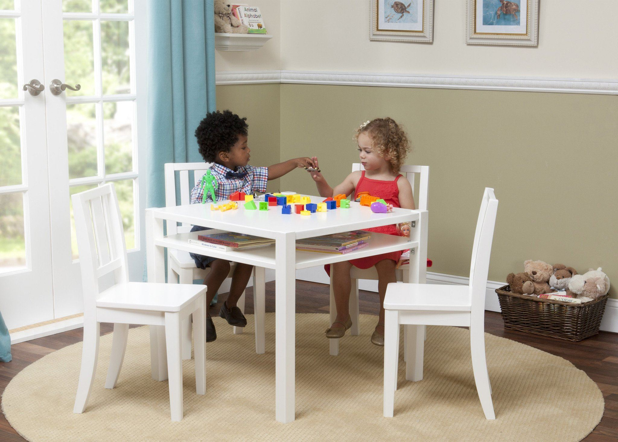 ... Delta Children White (100) Wood Table And Chair W Models B1b